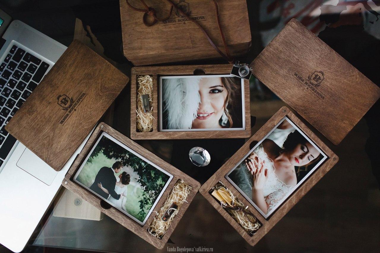 упаковка для фотографий из дерева